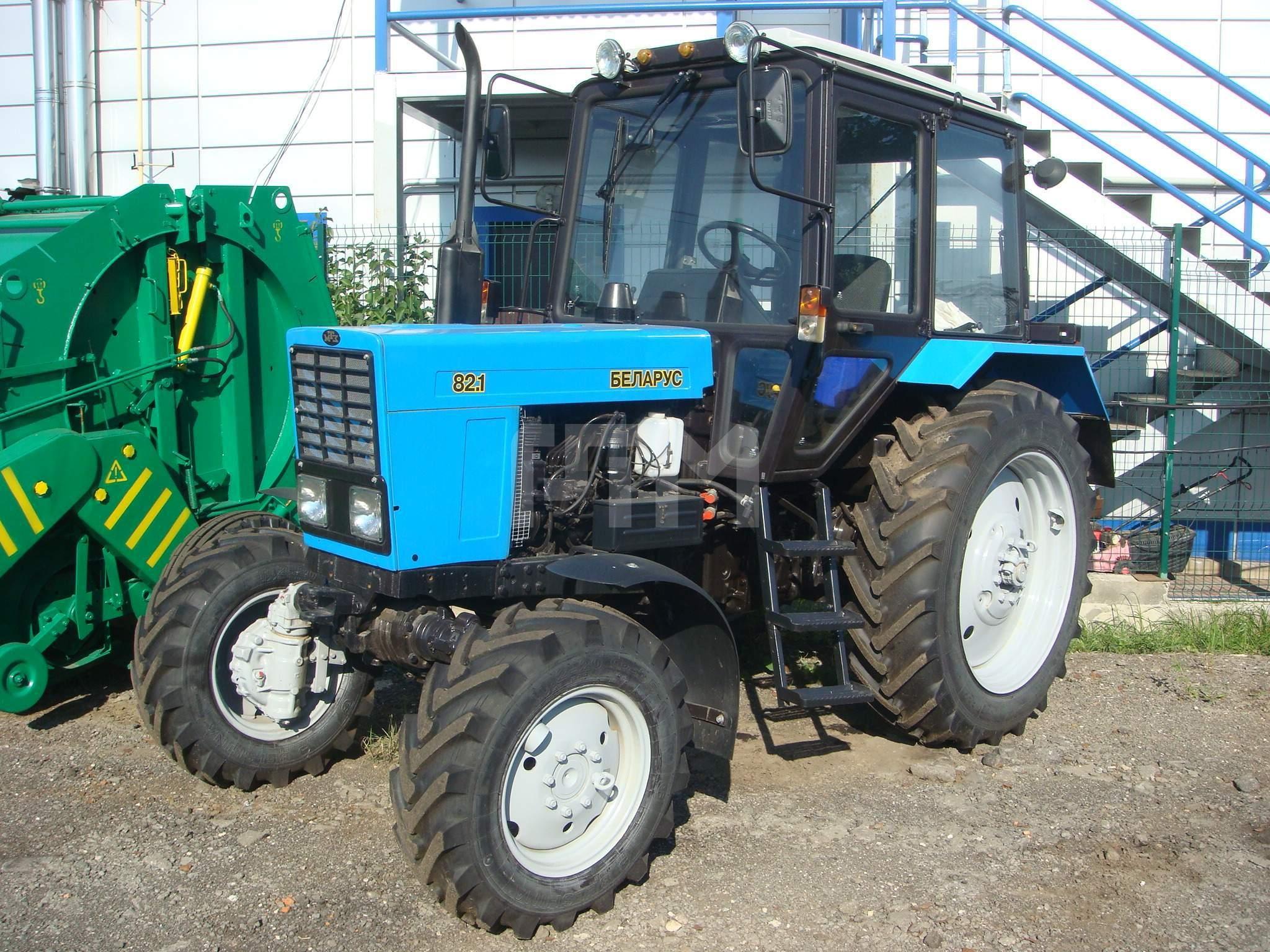 tractor-belarus-82.1