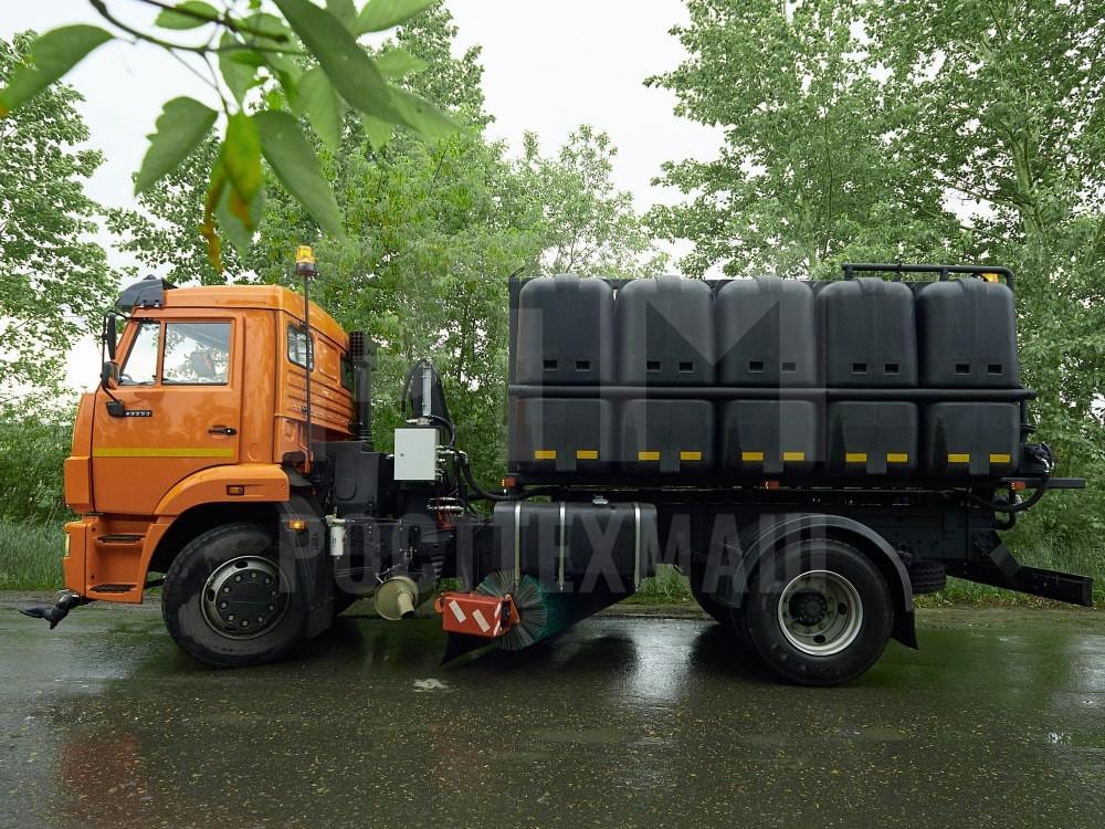 Купить КДМ на базе КамАЗ 53605 (с пластиковыми баками) и другие модели на шасси КамАЗ, ГАЗ, МАЗ, УРАЛ, УРАЛ - NEXT, низкие цены и выгодные условия от компании РостТехМаш!