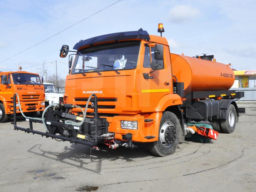 Купить КДМ на базе КамАЗ 43253 и другие модели на шасси КамАЗ, ГАЗ, МАЗ, УРАЛ, УРАЛ - NEXT, низкие цены и выгодные условия от компании РостТехМаш!
