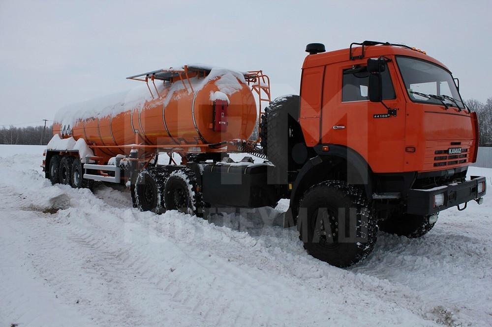 Купить Битумовоз SF3B23 внедорожник и другое прицепное оборудование по низкой цене и на выгодных условиях от компании РостТехМаш!